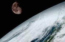 Luna in Zemlja